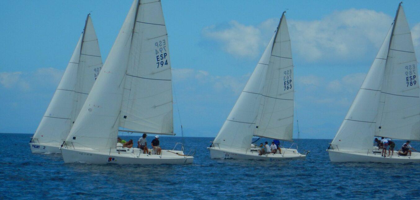 La Liga insular de J80 arranca bajo unas condiciones de viento complicadas