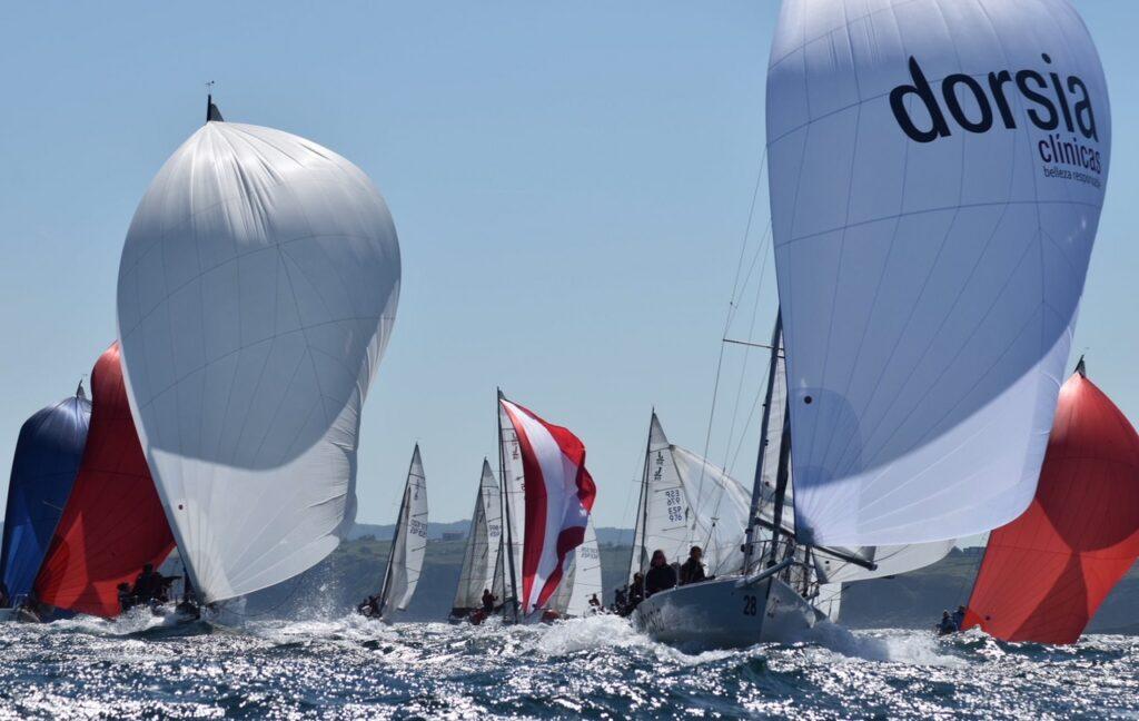 El Dorsia Sailing Team subcampeonas de España femeninas de J80.